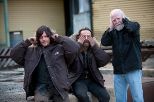 Norman Reedus, Andrew Lincoln and Scott Wilson - The Walking Dead _ BTS - Season 4, Episode 16 - Photo Credit: Gene Page/AMC